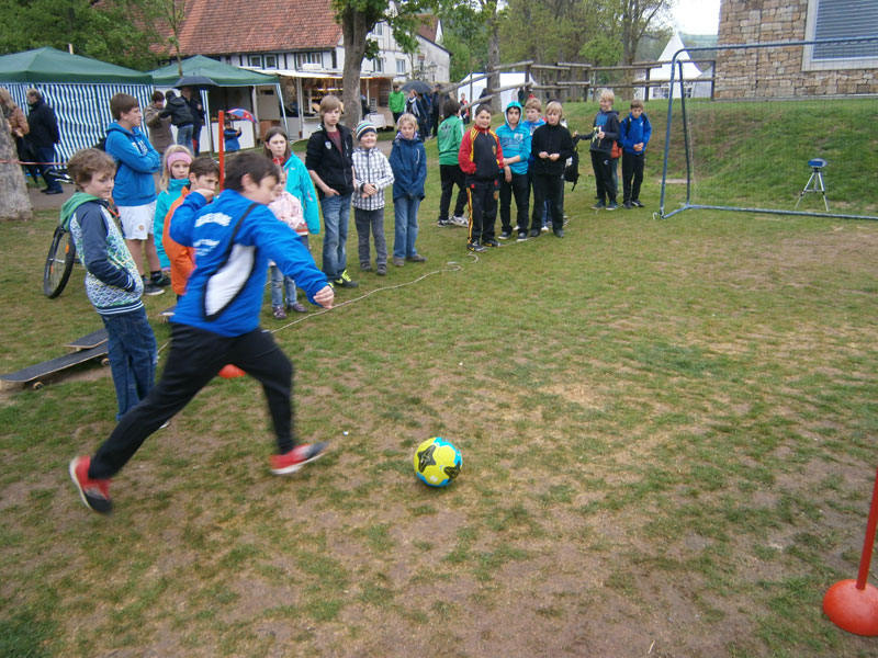 Fußball – Speed – Messer